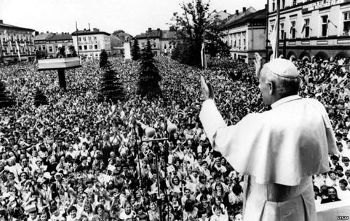 papa joao paulo 2 em varsovia polonia